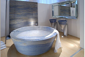 Azul-Macaubus-Granite-Tub-Wall Santarossa Mosaic and Tile