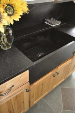Soapstone sealed with mineral oil by Santarossa.